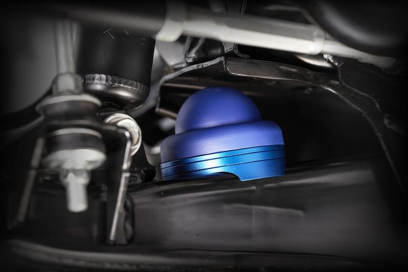 サスペンションの一部として機能させることを前提に開発した、新発想のバンプストッパー。