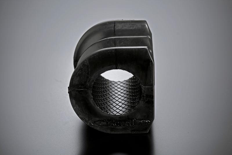 注目の機能「インナーウェビング」の絶大な効果により、摺動抵抗を抑えつつ長期間にわたる耐久性を実現。