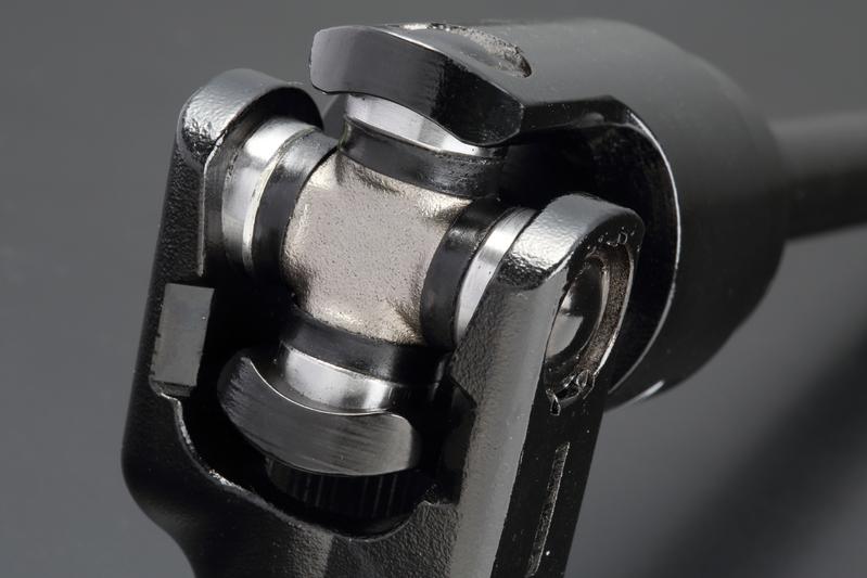 ユニバーサルジョイント部に高トルク対応の小型スパイダーを採用。