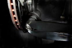 ■RCジョイント  ロールセンターを適正値へ補正することにより、サスペンションジオメトリーを最適化。